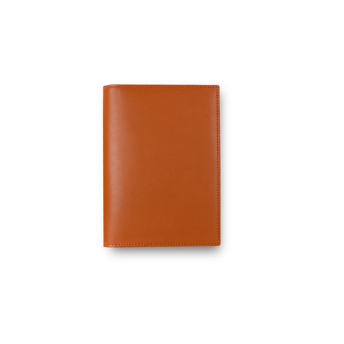 Hanover Passport Case in Saddle Leather